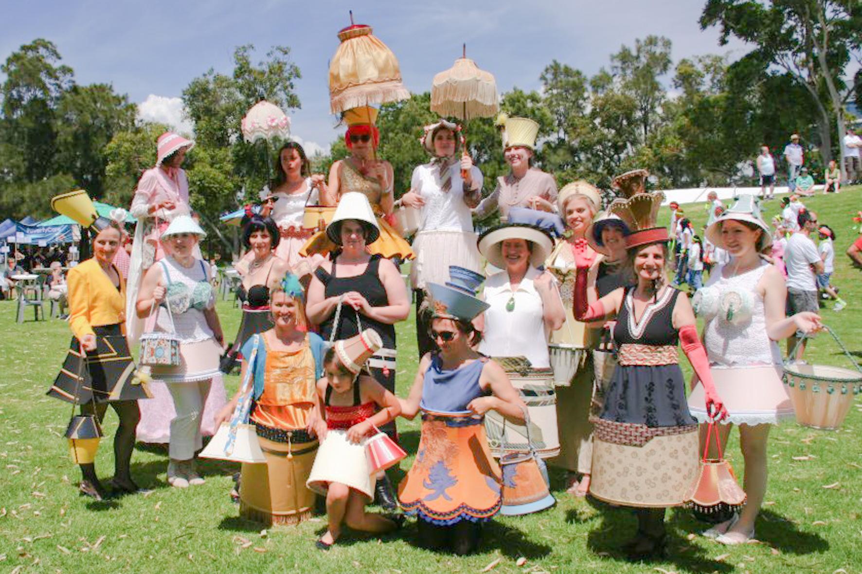 Wow women @ Viva la Gong 2011 (Photo by Nonee Walsh)