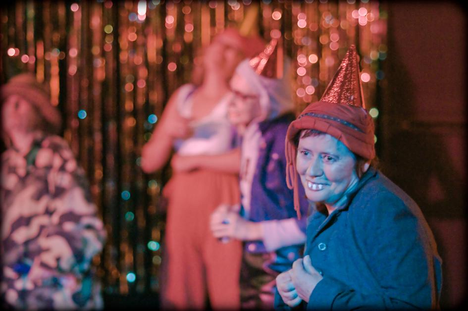 Clowns at WOW's 10 year anniversary show (photo © Gaétane Claire)