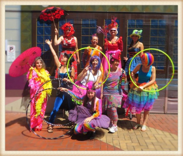 Having a colour themed event? Just let us know, we'll go to town with your colour choice and provide roving on-ground or stiltwaking performers with various fabulous accessories and/or object manipulation skills.